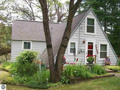 West Branch Single Family Home For Sale: 3235 S Ogemaw Trail