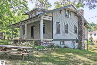 Leelanau County Single Family Home For Sale: 12016 S Lake Street