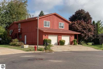 Mt Pleasant Multi Family Home For Sale: 209 & 211 Heidi Court