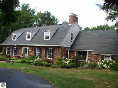Traverse City Single Family Home For Sale: 2979 Old Farm Lane