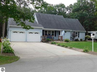 Oscoda Single Family Home For Sale: 4732 Logan Street