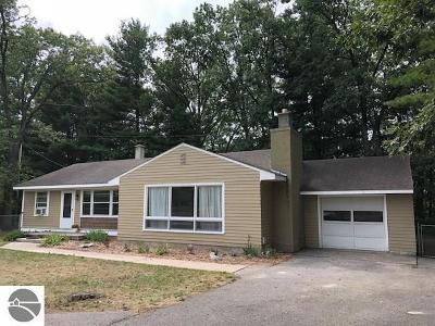Traverse City Single Family Home For Sale: 4149 Three Mile Road