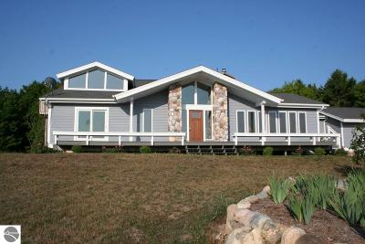 Leelanau County Single Family Home For Sale: 1191 N Morning View Lane