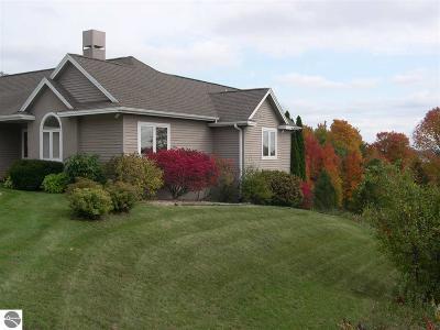 Leelanau County Single Family Home For Sale: 9690 E Walkabout Lane