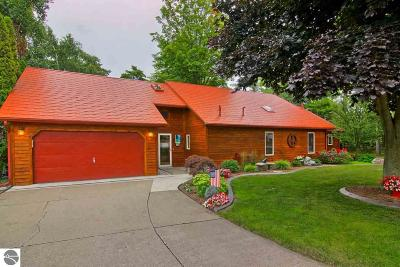 Elk Rapids Single Family Home For Sale: 803 Millers Park