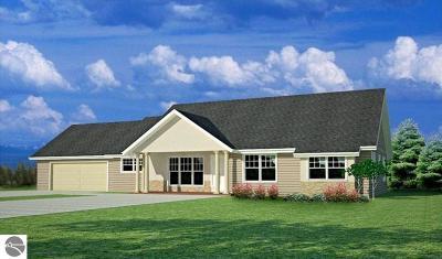 Traverse City Single Family Home For Sale: Tbb Lot A Yellow Birch Lane