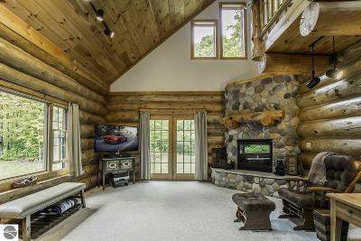 Leelanau County Single Family Home For Sale: 3950 W Cheney Woods Trail
