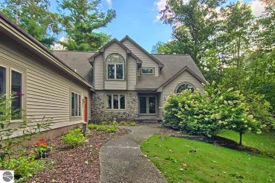 Williamsburg Single Family Home For Sale: 8116 Skegemog Point Road