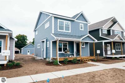 Traverse City Single Family Home For Sale: 316 W Thirteenth Street