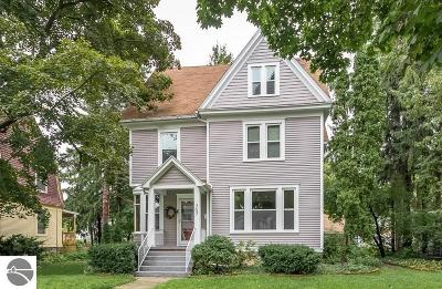 Mt Pleasant Single Family Home For Sale: 707 S University Street