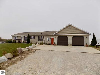 Lake Single Family Home For Sale: 11145 Vernon Road
