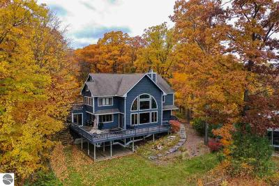 Traverse City Single Family Home For Sale: 10020 E Leeward Shores Drive