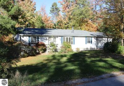 Traverse City Single Family Home New: 3333 Basswood Drive