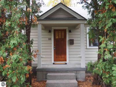 Traverse City Single Family Home Active U/C Taking Backups: 118 Rose Street