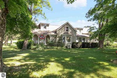 Leelanau County Single Family Home For Sale: 11977 S Gilbert Road