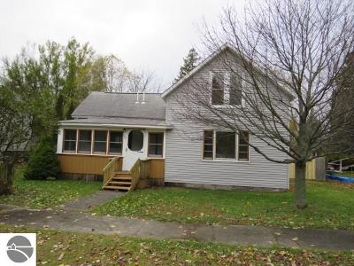 East Tawas MI Single Family Home For Sale: $84,900