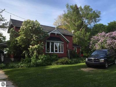Single Family Home For Sale: 12207 Lynn Street
