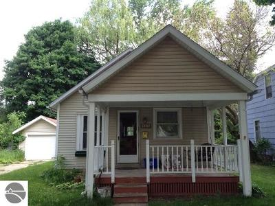 Mt Pleasant Multi Family Home For Sale: 401 E May Street