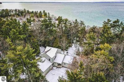 Antrim County Single Family Home For Sale: 3017 Forest Beach Trail