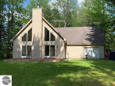 Tawas City Single Family Home New: 336 Greenwood Road