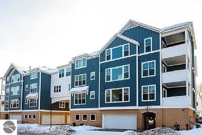 Traverse City Condo For Sale: 825 W 7th Street #207 NW