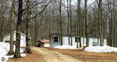 Kalkaska County Single Family Home New: 5956 NE Fairbanks Drive