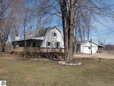Omer Single Family Home For Sale: 737 E Jose Road