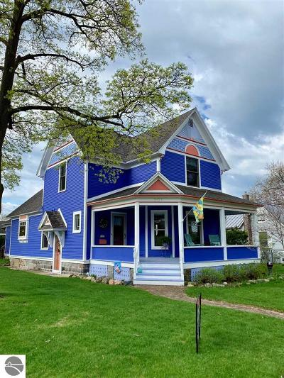 Traverse City Single Family Home For Sale: 501 W Eleventh Street