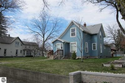 Traverse City Single Family Home New: 615 Webster Street