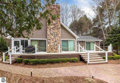Kewadin Single Family Home For Sale: 322 Sugarbush Drive