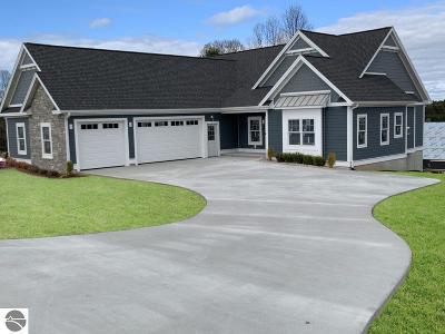 Single Family Home For Sale: 106 Vineyard Ridge Drive #15