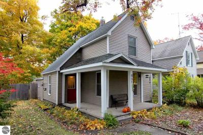 Traverse City Single Family Home New: 851 E Eighth Street
