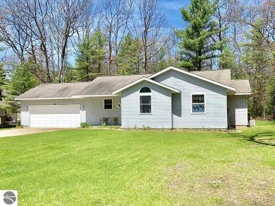 Kalkaska County Single Family Home New: 9265 NW Eastbrook Trail