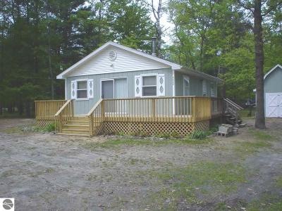 Arenac County Single Family Home For Sale: 6688 Whitetail Drive