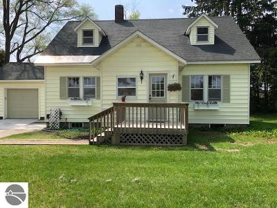 Suttons Bay Single Family Home For Sale: 1016 S Herman Road