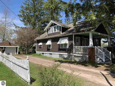 Hale Single Family Home For Sale: 218 W Main Street