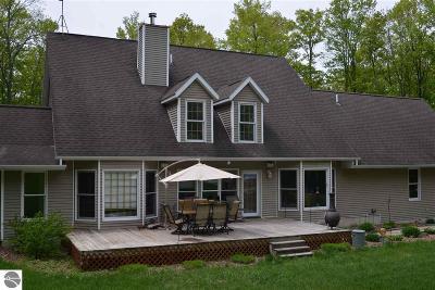 Alden Single Family Home For Sale: 8966 Alden Meadows Drive