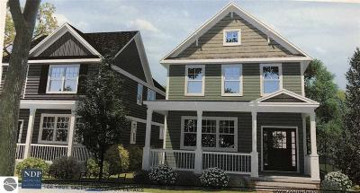 Traverse City Single Family Home For Sale: 1320 S Union Street