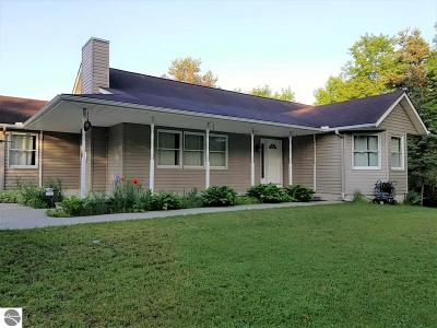 Traverse City Single Family Home For Sale: 1781 Townline Road