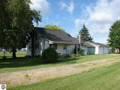 Ithaca Single Family Home For Sale: 3023 S Crapo Road