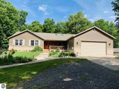 West Branch Single Family Home For Sale: 3396 W Clear Lake Road