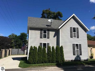Traverse City Single Family Home For Sale: 515 S Division Street
