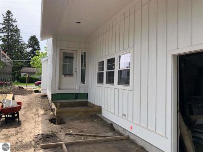 Traverse City Single Family Home For Sale: 1212 W Front Street