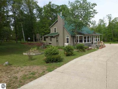 Kalkaska County Single Family Home For Sale: 13445 Shippy Road, SW