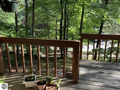 Traverse City Condo For Sale: 3924 Sherwood Forest Drive