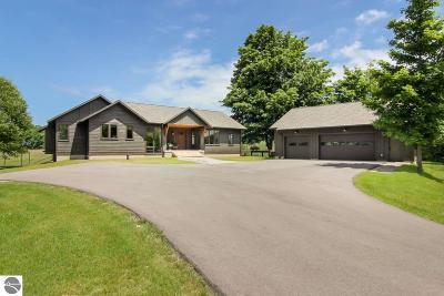 Leelanau County Single Family Home New: 5827 E Yellow Birch Lane