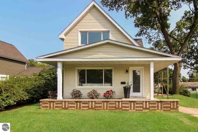 Traverse City Single Family Home For Sale: 1045 Webster Street