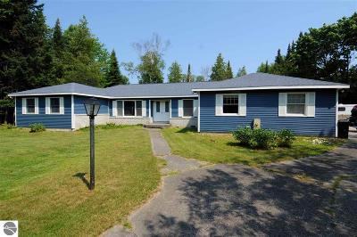 Oscoda Single Family Home For Sale: 4899 Broken Bow Trail