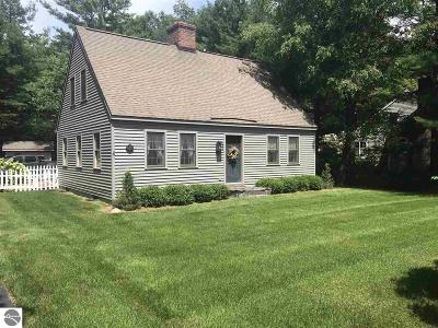 Leelanau County Single Family Home For Sale: 4063 Oxford Drive