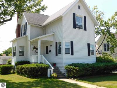 East Tawas Single Family Home For Sale: 401 W State Street